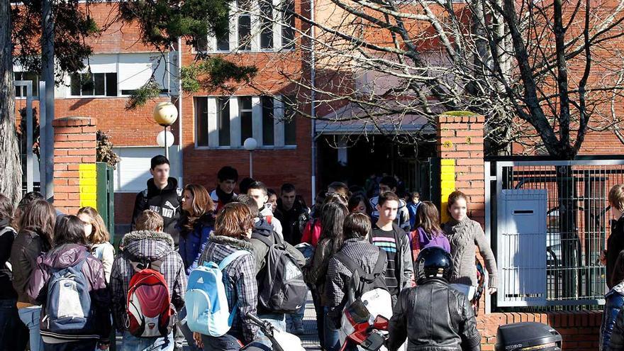 Seis de cada diez institutos de la ciudad rozan ya el lleno de alumnos para el próximo curso