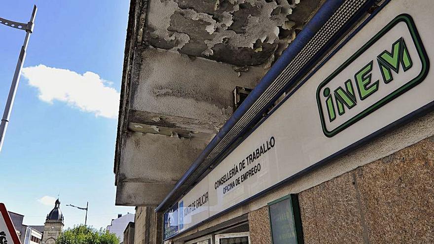 CC OO se opone a la venta del antiguo edificio del INEM al Concello de A Estrada