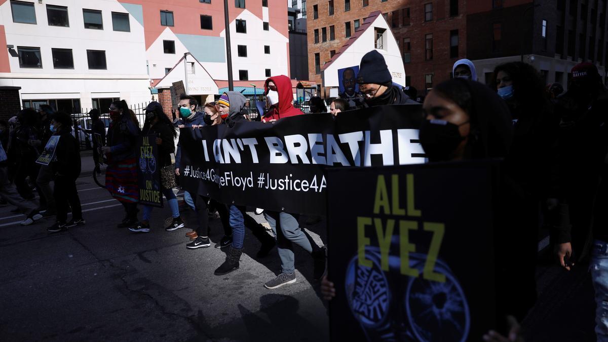 Protestas por la muerte de George Floyd frente a los juzgados