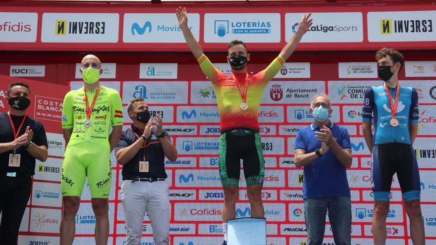 Noel Martín se cuelga la medalla de plata Élite en la CRI del Campeonato de España
