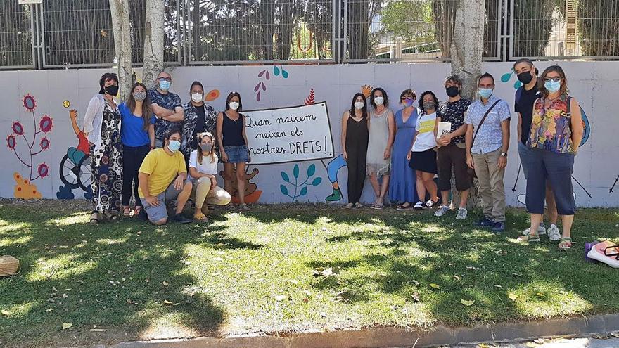 Vilanova del Camí recorda els drets dels infants amb un mural de grans dimensions