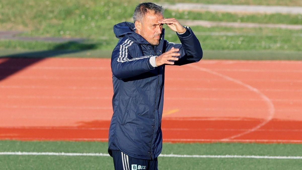 Luis Enrique directs the training of the Spanish team this Monday in Las Rozas.