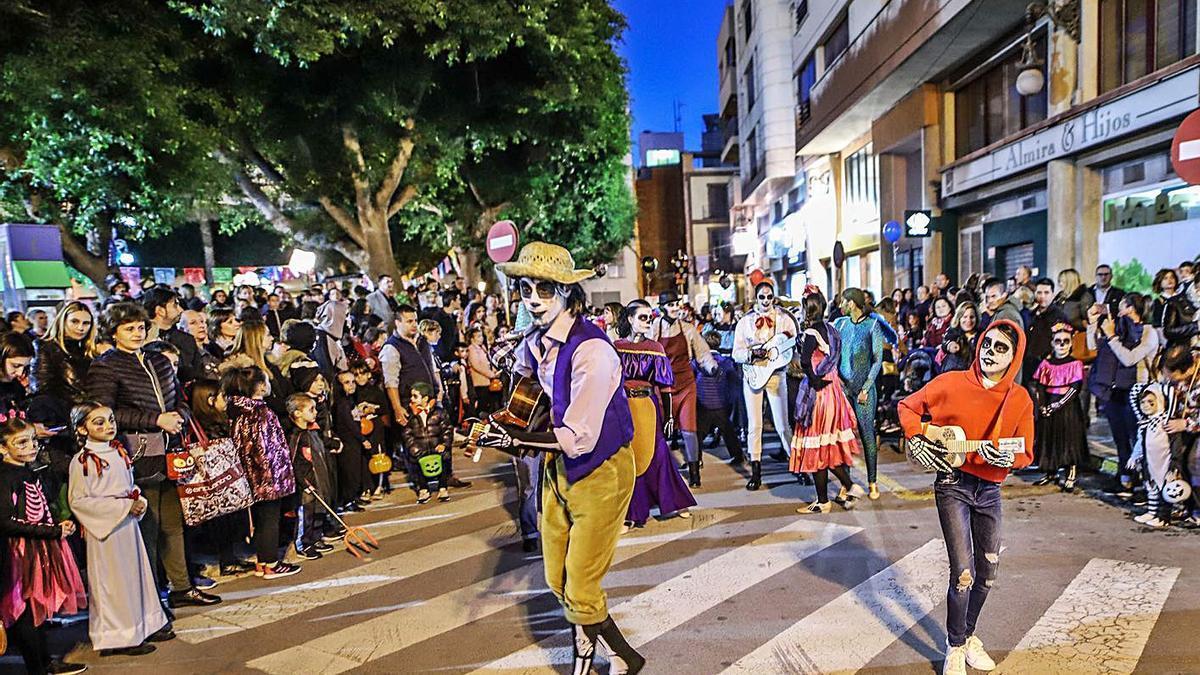 Una fiesta de Halloween en Orihuela en 2018.