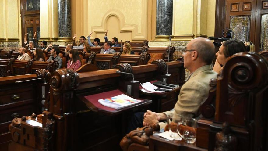 Primer pleno del mandato en A Coruña con Inés Rey como alcaldesa