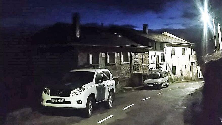 Denunciados dos robos en viviendas de Santa Colomba y Barrio