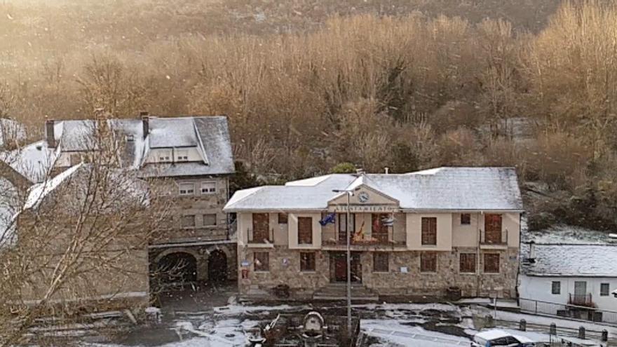 La nieve llega a Sanabria: así luce Requejo