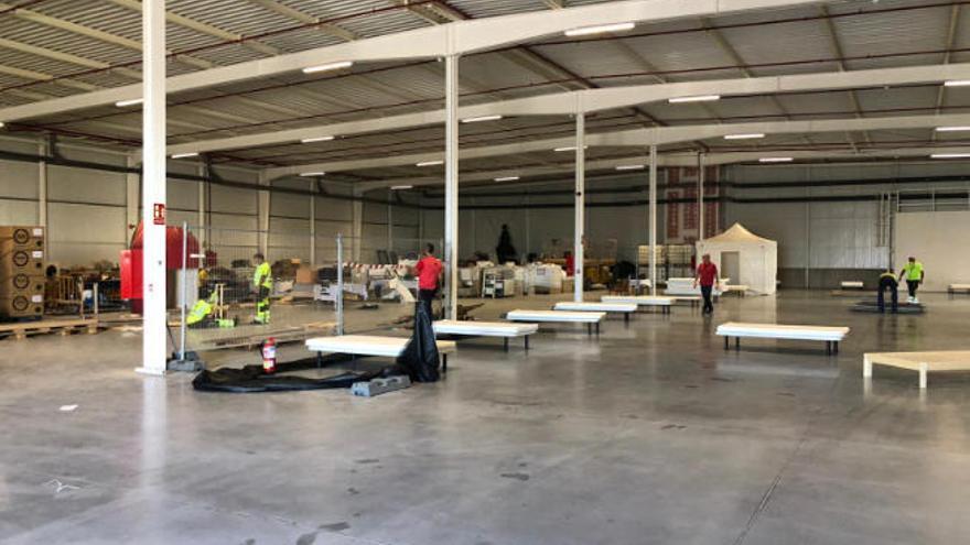 Lanzarote prepara una nave y un centro sociocultural para migrantes de pateras