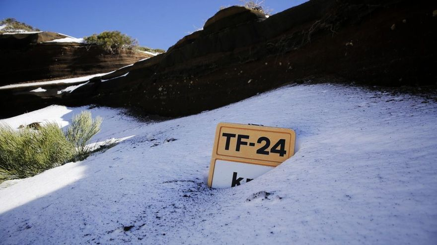 Así se ve la nevada del Teide desde un satélite