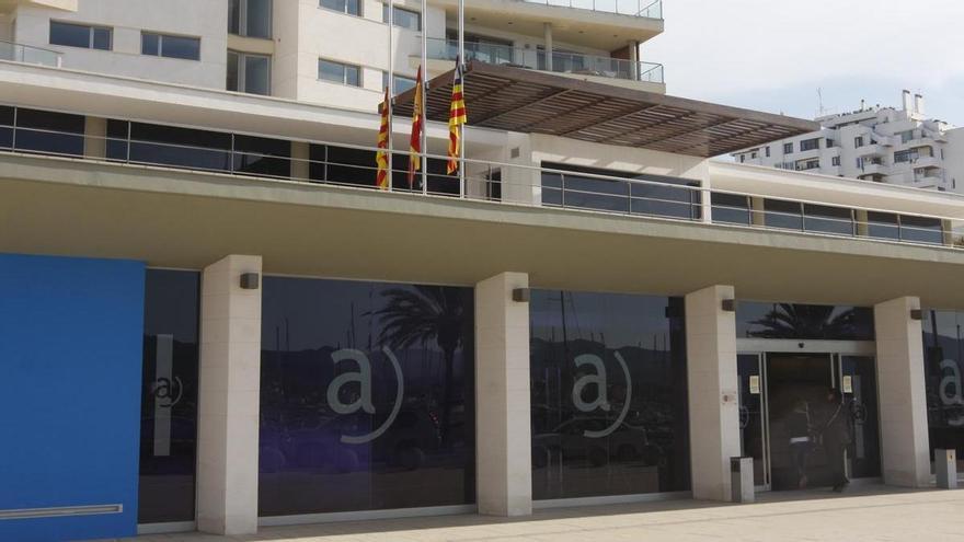 Sant Antoni deberá abonar al celador de obra apartado por presunta corrupción su salario desde 2009