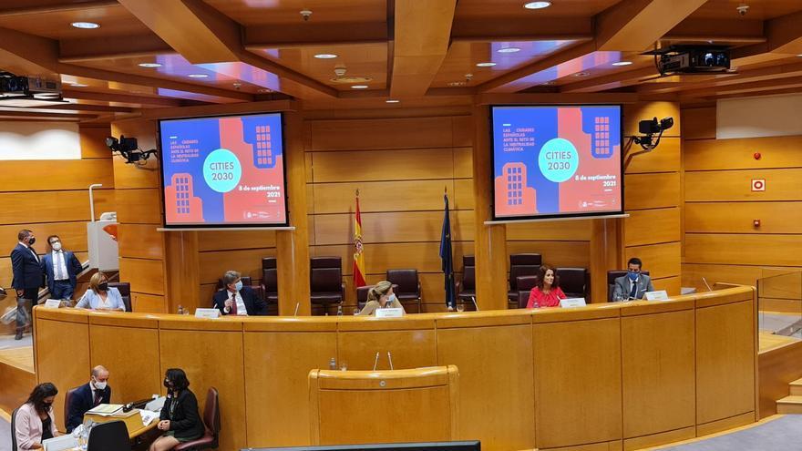 Buj defiende que el nuevo modelo urbano de Teruel será ecológico