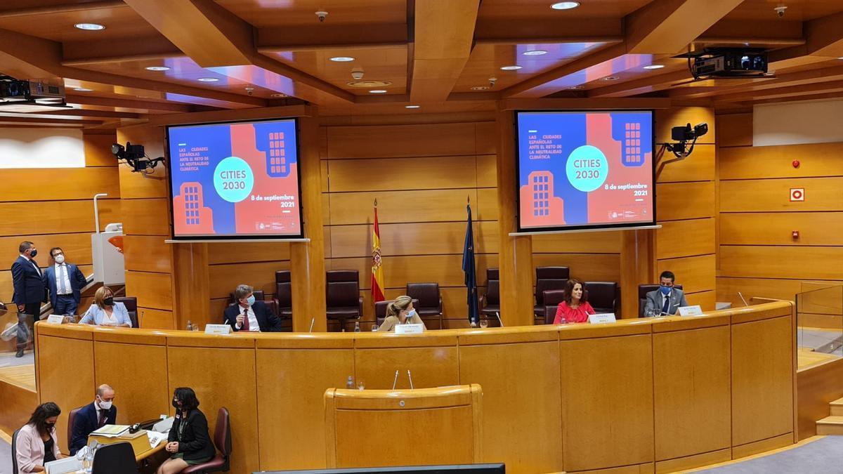 """La alcaldesa de Teruel, Emma Buj, en la jornada """"Las ciudades españolas ente el reto de la neutralidad climática"""""""