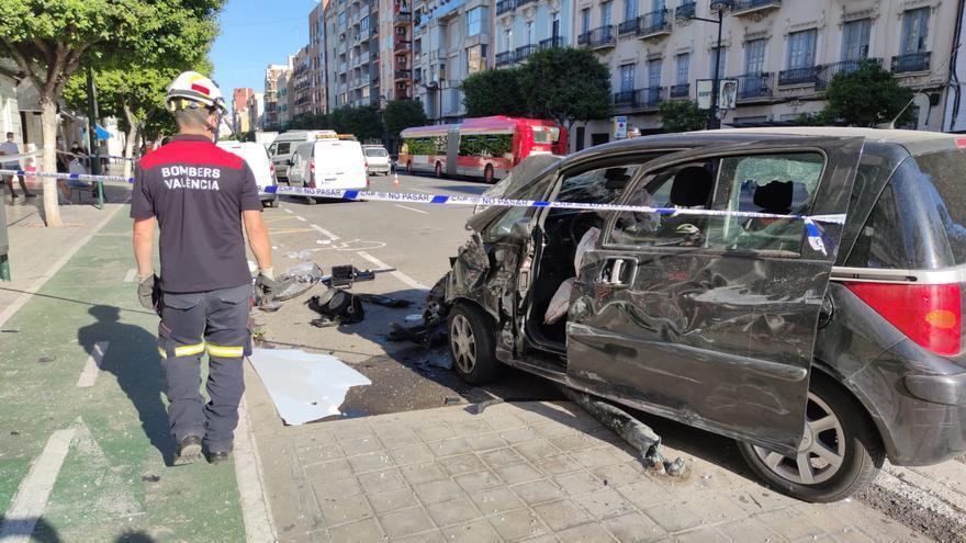 Un coche atropella y hiere a cuatro personas en la avenida del Puerto