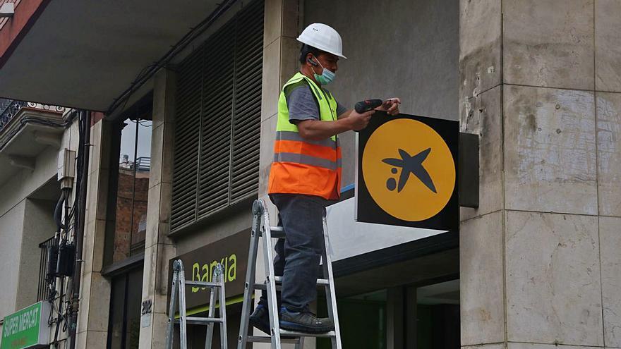 Bankia ja és història amb la retirada dels últims rètols