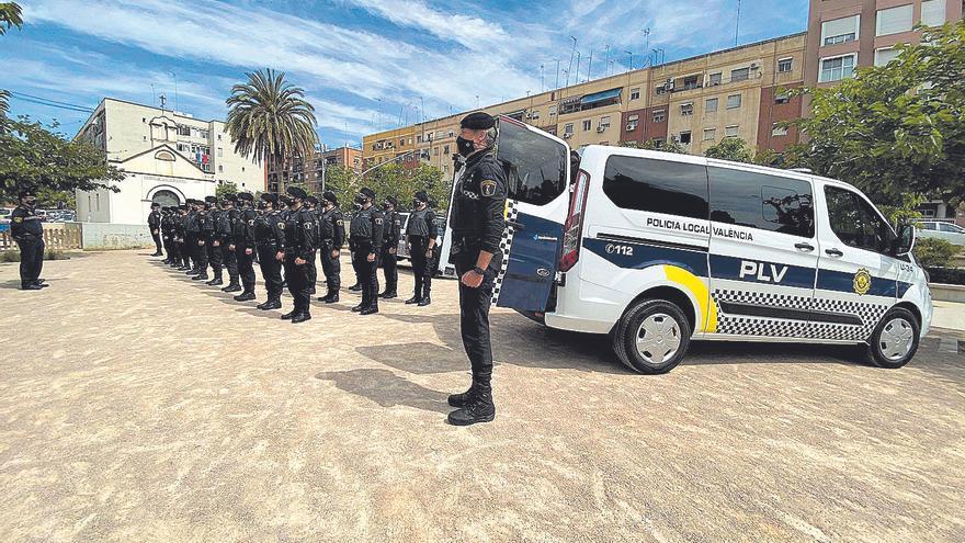 La Policia Local crea una unitat especial per a vigilar el 'tardeo' postpandèmia