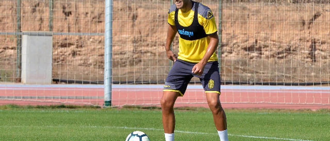 Dani Castellano, lateral de la UD Las Palmas, durante un entrenamiento.