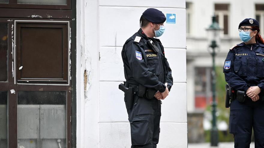 El terrorista de Viena: un joven seguidor del EI y desorientado con malas amistades