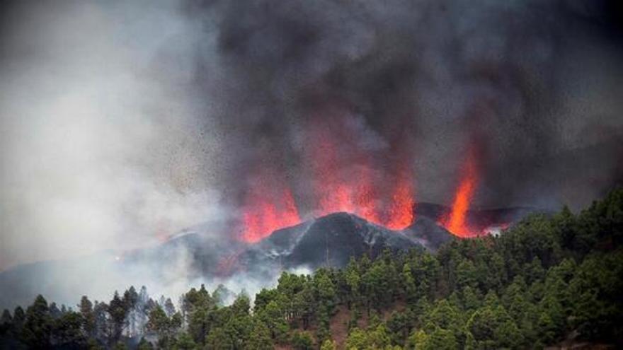 La aplaudida explicación sobre la erupción del volcán de La Palma que triunfa en redes sociales