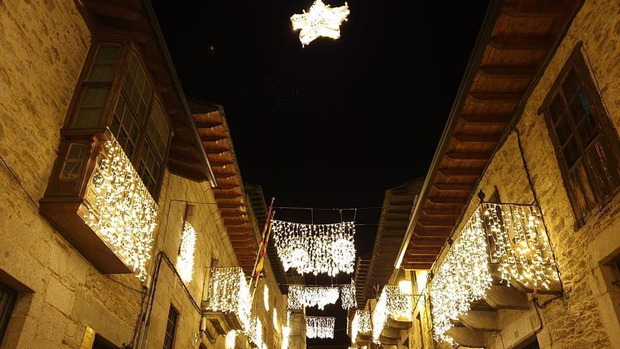 VÍDEO | Puebla de Sanabria vuelve a encender sus luces de Navidad