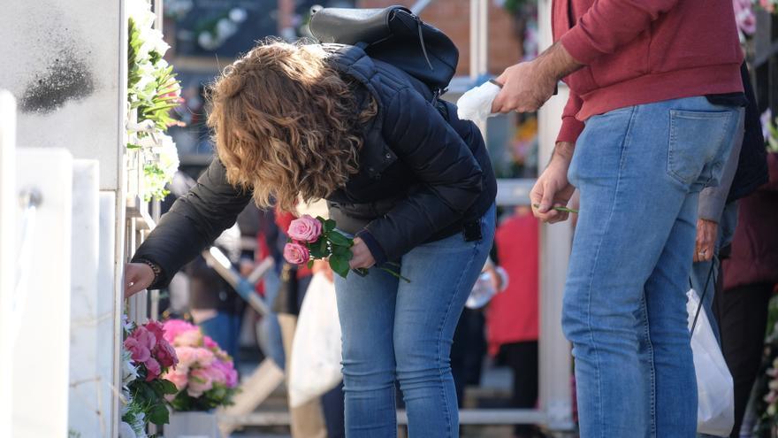 Los cementerios de Elda inician este viernes su horario especial por Todos los Santos