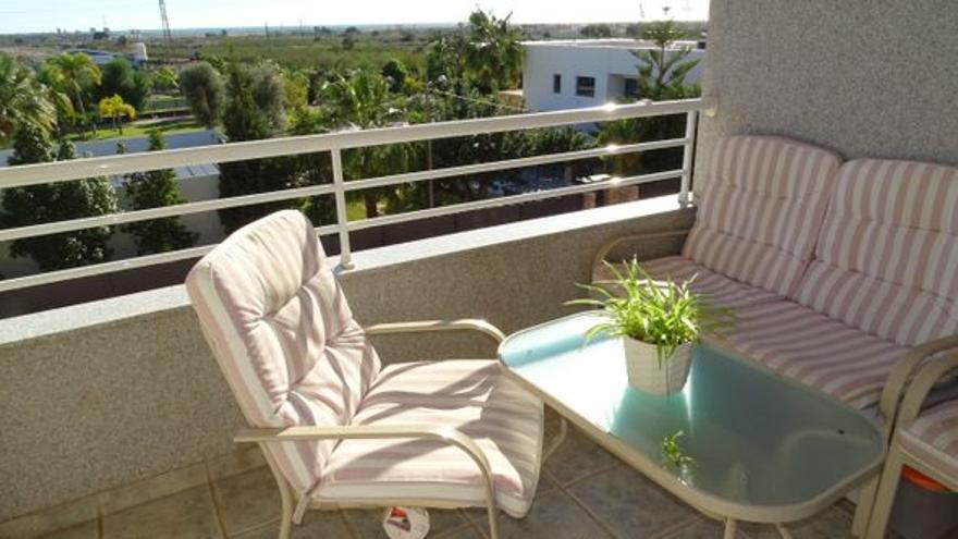 Respira naturaleza y aire puro en estos pisos en venta en Torreblanca