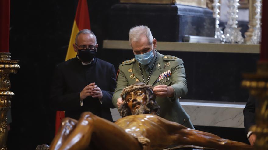 Mena: Imposición de la corona de espinas al Cristo de la Buena Muerte | Semana Santa 2021