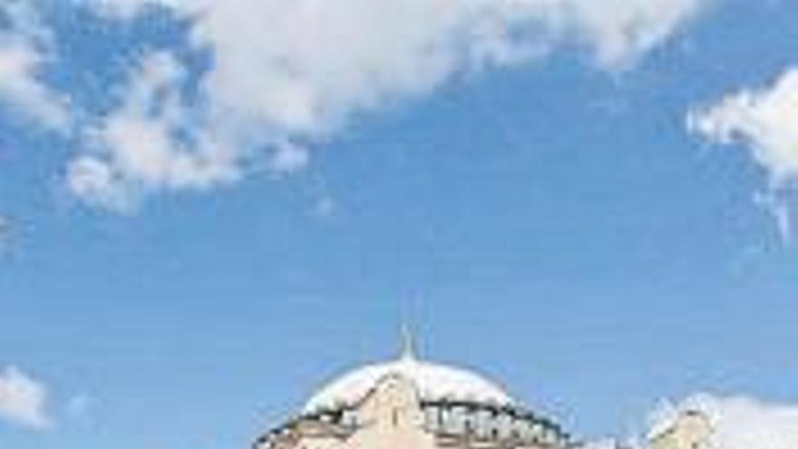 El sueño de Erdogan: Santa Sofía vuelve a ser mezquita