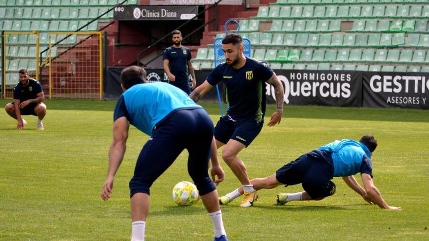 El Mérida, a demostrar su compromiso con el club y los aficionados