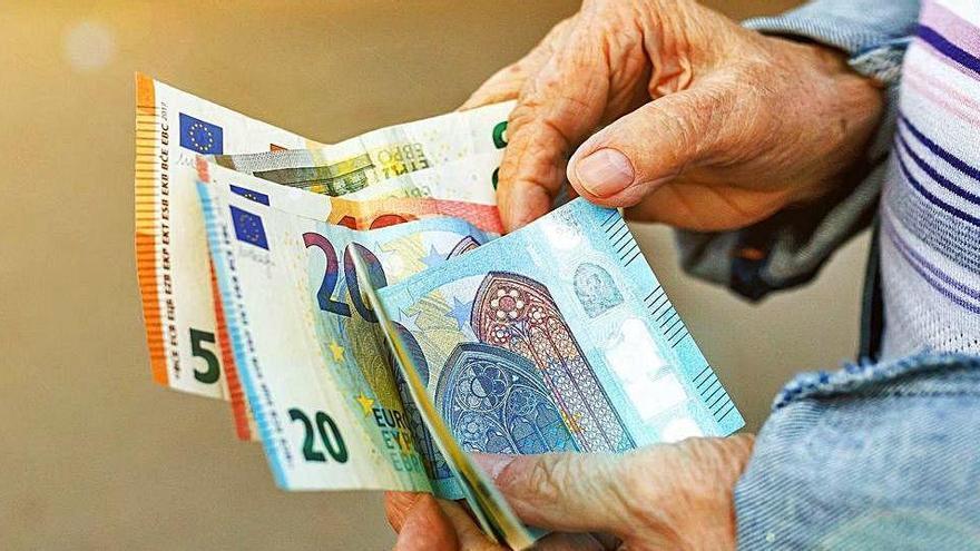 La nòmina de les pensions a Espanya suposa 10.233,85 milions al setembre, un 3,25% més que fa un any