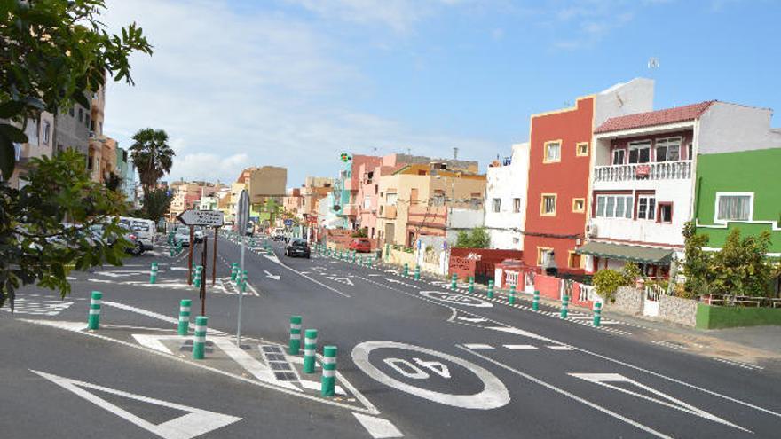 El Cabildo atenderá las peticiones de Lomo Cementerio sobre la carretera
