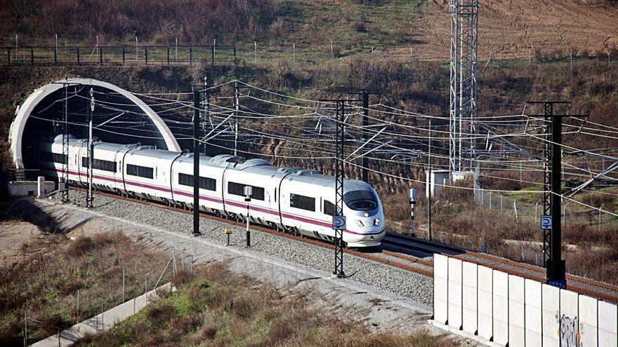 L'Estat invertirà 40 milions en la millora del TAV de Lleida a Figueres