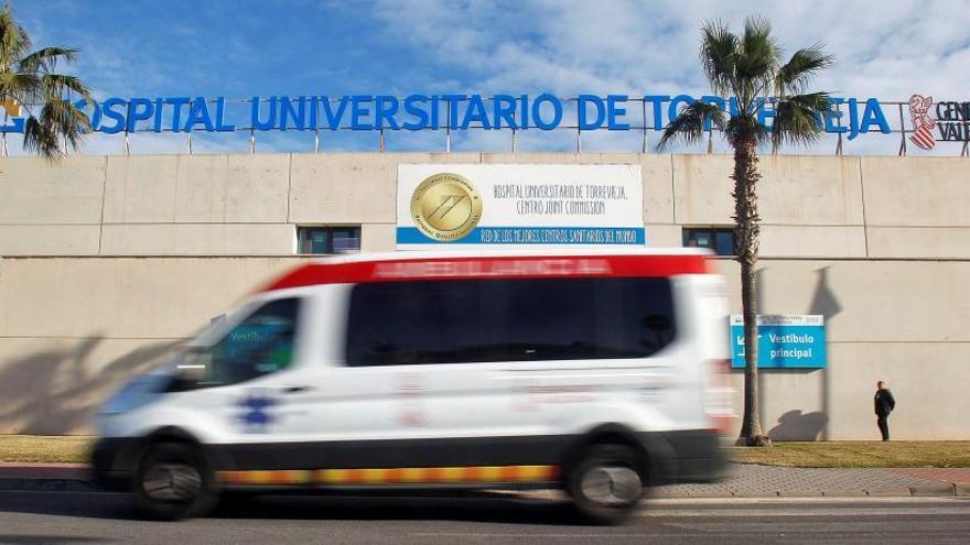 El Hospital Universitario de Torrevieja recibe una nueva acreditación para recibir MIR en 2021
