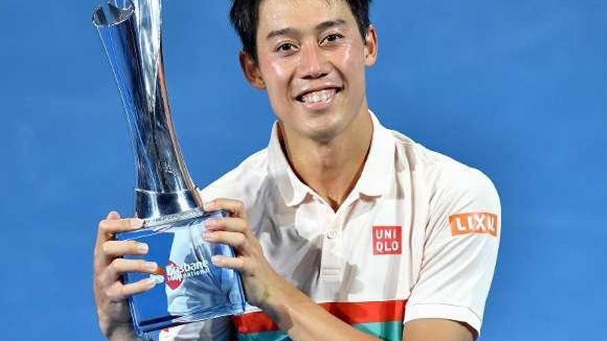 Nishikori se impone a Medvedev en la final del torneo de Brisbane