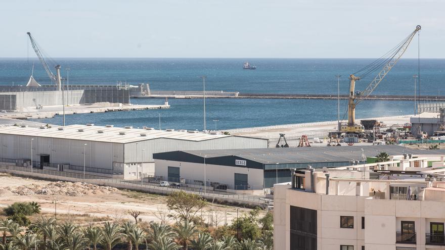 UGT denuncia falta de personal en la policía portuaria de Alicante