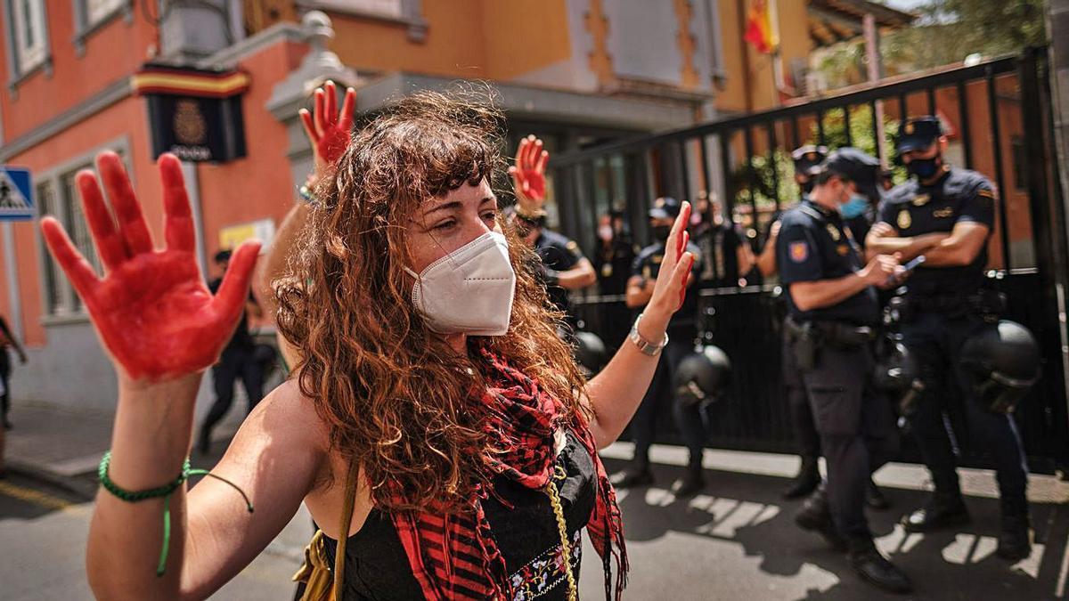 Manifestación de ayer entre Las Canteras y el centro de La Laguna. | | ANDRÉS GUTIÉRREZ