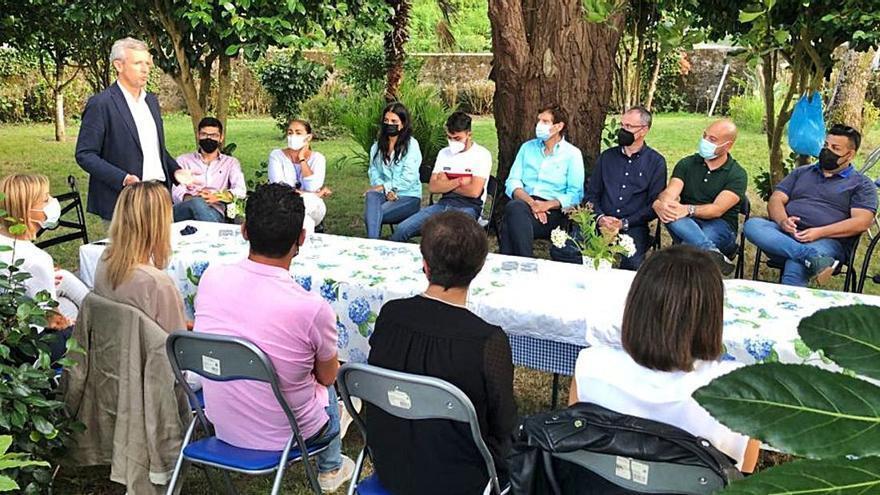Alfonso Rueda inicia en Vilagarcía su campaña para presidir el PP provincial