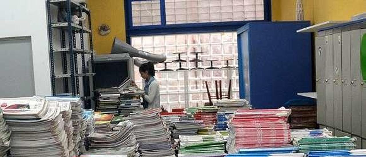Banco de libros de la Casa Azul, en este caso. // Rafa Vázquez