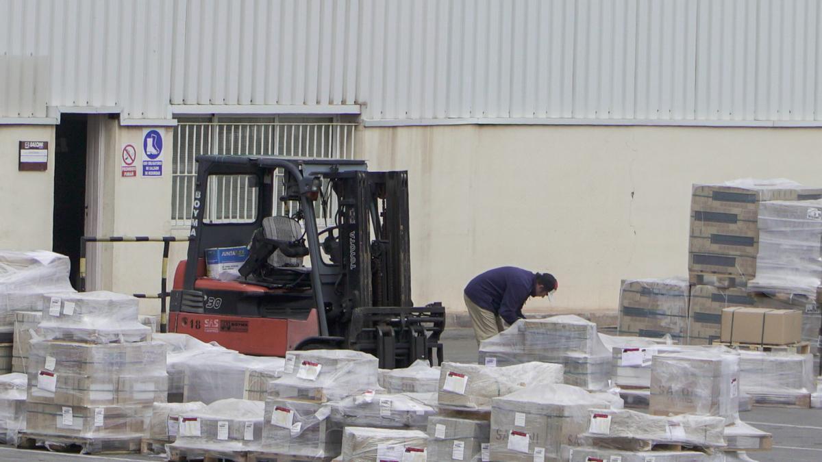 La industria azulejera es el referente de las exportaciones desde Castellón.