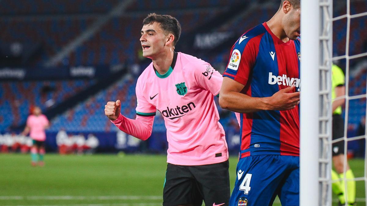 Pedri celebrates a goal with Barcelona last season.