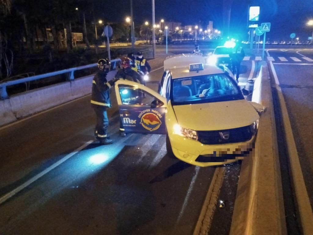 Aparatoso accidente en el viaducto de La Ballena (11(05/21)