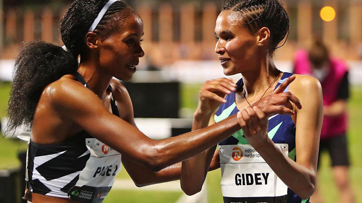 Gidey batía el récord del mundo de 5.000 m. en pista el pasado 7 de octubre en València. | LEVNATE-EMV