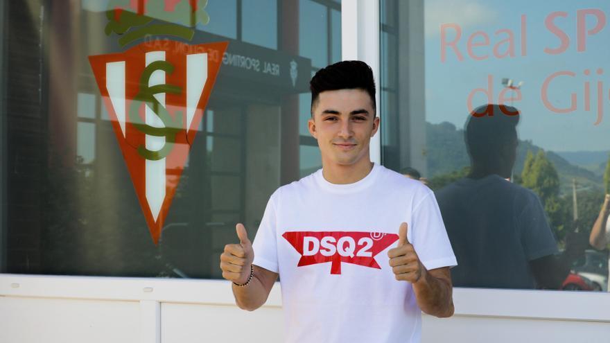 """Manu García: """"Estoy orgulloso de ser el vigésimo internacional del Sporting"""""""