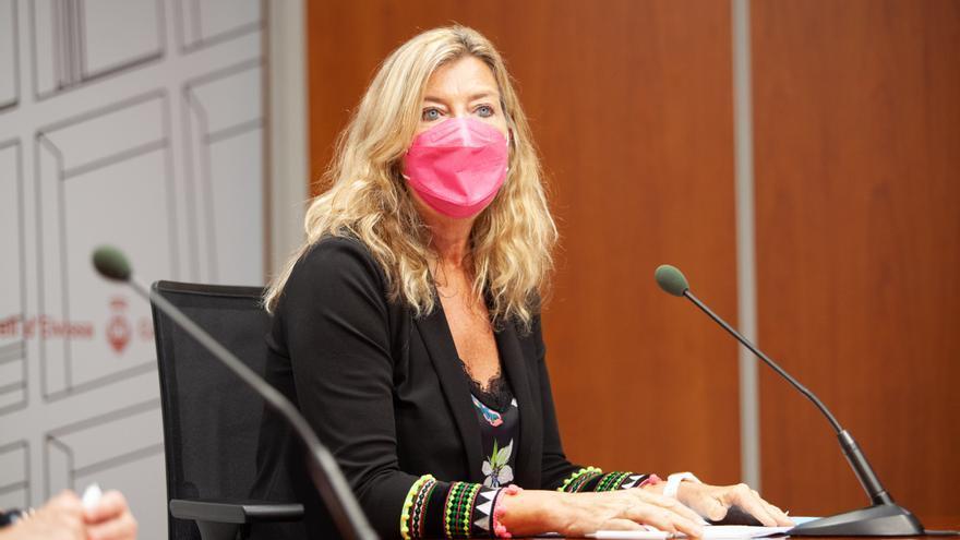 El Ib-Salut no puede sancionar a la trabajadora que promueve fiestas ilegales en Ibiza