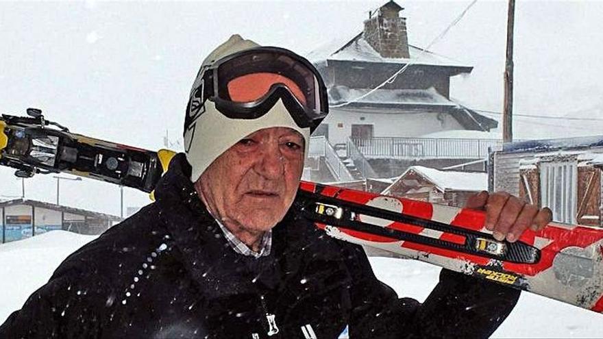 """Adiós al esquiador Gelito González, un """"Galgo de Pajares"""": """"La estación se queda sin su Ángel"""""""