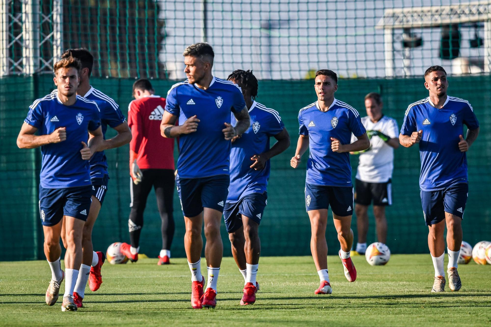 FOTOGALERÍA | Primer entrenamiento del Real Zaragoza en San Pedro del Pinatar