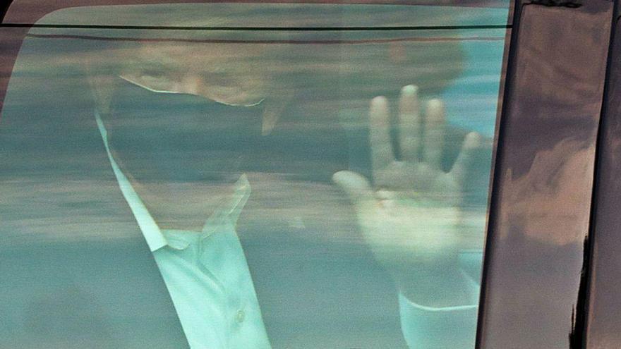 Los médicos de Trump anuncian su salida del hospital tras cuatro días ingresado