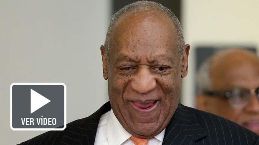Una actriz de 'The Cosby Show' protesta desnuda contra el comediante