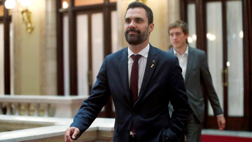 Acord JxCat-ERC per desencallar el vot delegat de diputats suspesos