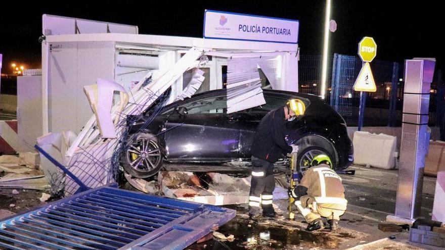 Detenido tras una persecución policial un conductor que se dio a la fuga en Alicante