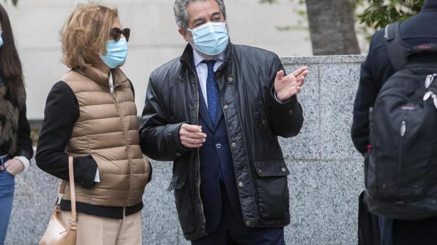 Condenan a la EMT a readmitir a la exempleada despedida por el fraude