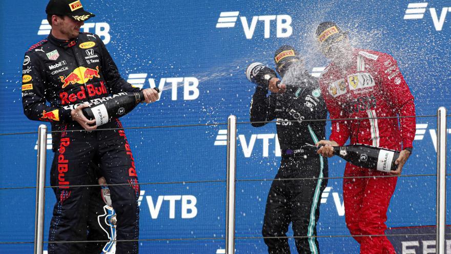 Hamilton guanya; Verstappen, segon i Sainz, tercer